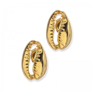 GOLDEN SHELL STUDS